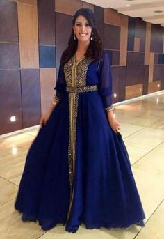 WOW i'm so in love with this royal blue caftan <3..
