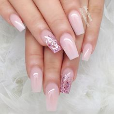 Nails play an important role in a woman's appearance. When Giving your nails makeup for Summer, most women will have a hard time choosing which shape of nails to make. Must Try Nail Designs For Short Nails 2019 Summer Simple Nail Art Designs, Beautiful Nail Designs, Easy Nail Art, Sexy Nails, Love Nails, Pink Nails, Matte Nails, Fabulous Nails, Gorgeous Nails
