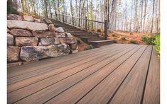 Tastefully modern decks with elegant materials for understated chic | Trex