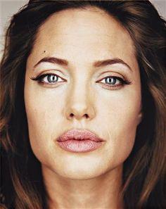 MARTIN SCHOELLER Angelina Jolie,2004