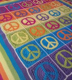 Peace Sign Granny Square (pattern for square)perfect for a teenager