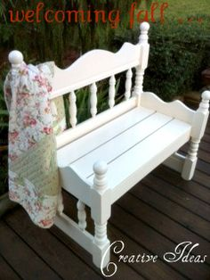 Creative Ideas: Adorable Garden Bench From a Twin Bed Refurbished Furniture, Repurposed Furniture, Pallet Furniture, Furniture Projects, Furniture Makeover, Wood Projects, Bed Frame Bench, Headboard Benches, Bed Frames