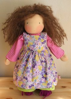 Mariengold doll - love the mess that is her hair