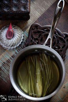 suriname.food.recipe.img_0932 Healthy Shakes, Healthy Drinks, Vegan Gluten Free, Vegan Vegetarian, Suriname Food, Clean Bottle, Flavored Milk, Lemon Grass, Coconut Milk