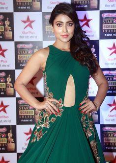 Shriya Saran Stills In Green Dress At Star Screen Awards - Tollywood Stars