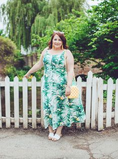 Style: Dressing For Fun & Why I'm Not Down With A Capsule Wardrobe. Plus size outfit ideas for summer. Plus size fashion inspiration. Big Girl Fashion, Curvy Fashion, Plus Size Fashion, Plus Size Maxi Dresses, Plus Size Outfits, Dress Summer, Summer Outfit, Spring Summer, Shirred Dress
