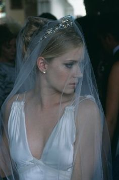 one of my FAVORITE movie bride looks. Can't see the make up in this particular shot, but so gorgeous