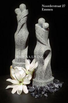 Polystone beeldjes granietlook 30 cm. hoog