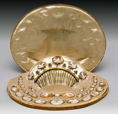 Cameo Parure (necklace) and comb, ca. 1820, Italy, cameo, gold, shell, and brass. Peabody Essex Institute