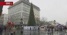 Uma árvore de Natal da cidade de Belgrado, na Sérvia, está a causar indignação na população por custar 83 mil euros. http://sicnoticias.sapo.pt/mundo/2017-12-22-Servios-indignados-com-arvore-de-Natal-de-83-mil-euros