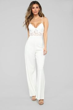 in crisp white, this chic and elegant jumpsuit is the perfect piece for effortless style with zero effort required, we like. featuring back zip fastening, overlay detail and front pockets, wear with black heels and matching clutch bag for m. Fashion Nova Jumpsuit, Casual Jumpsuit, Denim Jumpsuit, Elegant Jumpsuit, Overalls, Dungarees, Bachelorette Outfits, Wedding Jumpsuit, Outfits