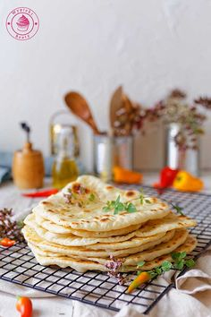 wypieki beaty proste chlebki naan Naan, Pancakes, Grilling, Curry, Breakfast, Ethnic Recipes, Blog, Fit, Morning Coffee