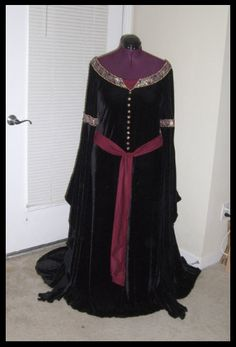 Lord of the Rings Arwen's Mourning Gown by AriaCouture Aria Couture on Etsy, $550