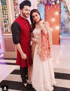 Pakistani Bridal Dresses, Indian Dresses, Ethnic Outfits, Indian Outfits, Gharara Designs, Indian Tv Actress, Chinese Actress, Cutest Couple Ever, Indian Designer Outfits