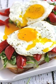 7. Open Faced Grilled Cheese With a Fried Egg #healthy #recipes http://greatist.com/health/healthy-single-serving-meals