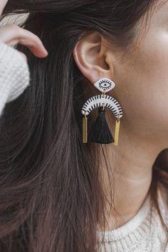 Eye Y Statement tassel earrings by Malaforma