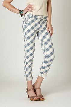 i'm usually more of a stovepipe girl than a cigarette, but i just love this printed pant