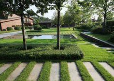 green minimalist garden