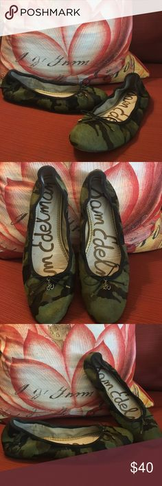 Sam Edelman Felicia Camo-Print Calf Hair Flat These Camo flats are really cute! Would look great with a pair of skinny jeans. Overall condition is very good. Bottom soles show signs of little wear but still has plenty of life in them! Sam Edelman Shoes Flats & Loafers