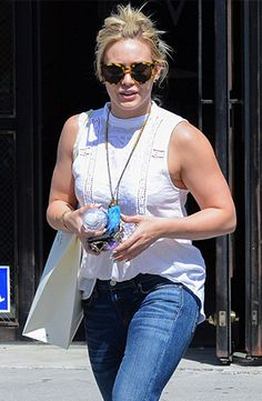 #HilarryDuff in the mood for #shades with #KarenWalker Anywhere #sunglasses. Click the look #shadesoriginators.com