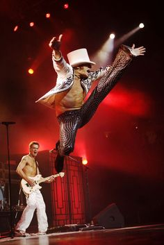 #ThrowbackThursday. We go back to 1984 when #VanHalen scored their first Nº1 hit in the US with Jump and a top 10 hit around the world. Might as well jump. Jump !