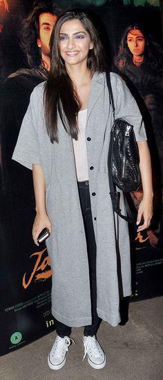 Sonam Kapoor at screening of #Jaanisar. #Bollywood #Fashion #Style #Beauty
