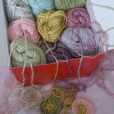 Thank you sweet @alicebyday for The #widn tag! Actualy I am working on a new shawl design for a magazine.... What are you doing? @karingroenewoud  @rawrustic  @crochet_atolyesi