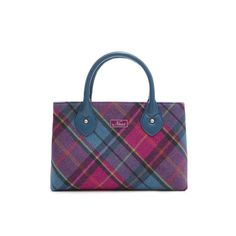 Making a comeback for 2014, the Ebony Crush tweed bag combines one of the most popular styles of Ness Bags with one of their longest established tweeds. This Ebony Crush bag would not only complement any spring outfit but would also make a great gift idea.