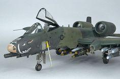 A-10 Thunderbolt II - Trumpeter 1/32: