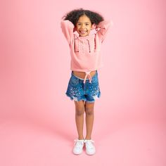 Add some chic style to your kids outfit. Supper soft jumper in pink and grey. Worn with pearl denim shorts and white studded trainers. Pink Trainers Outfit, Kids Fashion, Fashion Outfits, Creative Kids, Stylish Dresses, Pink Grey, Cool T Shirts, Jumper, Kids Outfits