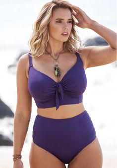 Take a look at the best plus size bikini in the photos below and get ideas for your plus size outfits! Longline Bikini Top – Women's Plus Size Clothing Image source Plus Size Bikini Bottoms, Women's Plus Size Swimwear, Curvy Swimwear, Trendy Swimwear, One Piece Swimwear, Bikini Tops, Long Bikini Top, Plus Size High Waisted Bikinis, Curvy Bikini