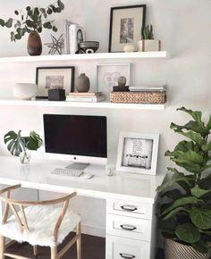 Bedroom desk decor simple 34 Ideas for 2019 Study Room Decor, Room Ideas Bedroom, Home Decor Bedroom, Master Bedroom, Bedroom Small, Decor Room, Bedroom Plants, Bedroom Modern, Trendy Bedroom