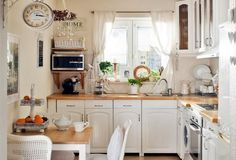 Microwave off counter, fruit stand on table Kitchen Interior, New Kitchen, Interior Design Living Room, Kitchen Dining, Kitchen Decor, Kitchen Ideas, Dining Room, Kitchen Backsplash, Kitchen Cabinets