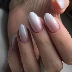 The advantage of the gel is that it allows you to enjoy your French manicure for a long time. There are four different ways to make a French manicure on gel nails. The choice depends on the experience of the nail stylist… Continue Reading → Pretty Nails, Fun Nails, City Nails, Nagel Hacks, Beach Nails, Halloween Nail Art, Nagel Gel, Almond Nails, Perfect Nails