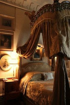rosebiar:  Lady Georgiana's bedroom, Castle Howard, Yorkshire