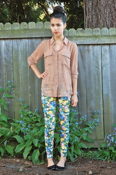 Love the simple blouse and shoes with the fun pants!