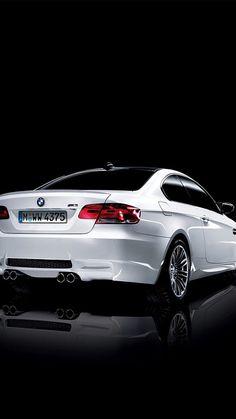 White BMW M3 E92 iPhone 5 / SE Wallpaper