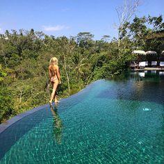 batukaru pool komaneka at tanggayuda  pic: @sophiemhenderson