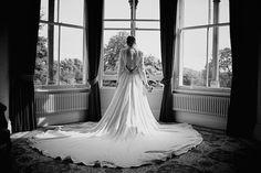 A statement 1940s dress. #weddingdress #vintageweddingdress. Need help with any aspects of wedding planning and styling? visit www.rosetintmywedding.co.uk