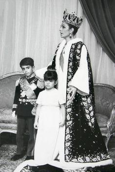 Crowned Farah Pahlavi (Diba).With son Reza and daughter Farahnaz.Shiraz/Iran, 1967.Photographer unknown.