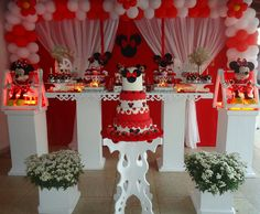 Mesa tema Minnie vermelha Minnie Mouse Party, Mouse Parties, Table Decorations, Home Decor, Mesas, Decoration Home, Interior Design, Home Interior Design, Home Improvement
