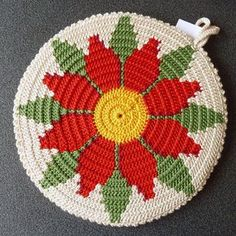 Today's 'crochet in the home' pic showcases this amazing… (Mingky Tinky Tiger + the Biddle Diddle Dee) Today's 'crochet in the home' pic showcases this amazing… Crochet Circles, Crochet Motifs, Crochet Potholders, Crochet Doilies, Crochet Flowers, Doily Patterns, Embroidery Patterns, Crochet Patterns, Tapestry Bag