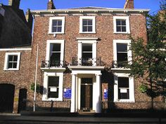 Google Image Result for http://www.yorkstories.co.uk/york_walks-3/images/14aug2004/registry-office-1_300.jpg york registry office then bus to museum gardens down the road