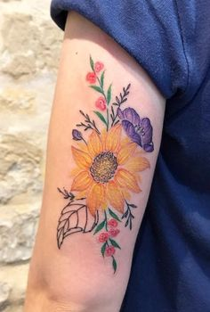 Valeria Fukunaga flower Tattoo South America, Watercolor Tattoo, Tattoos, Flowers, Tatuajes, Tattoo, Japanese Tattoos, A Tattoo, Royal Icing Flowers
