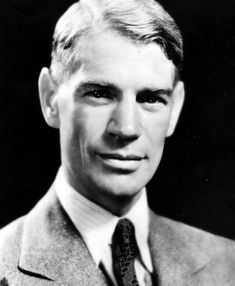 James Whale, who ultimately directed Frankenstein for Universal. In Universal chief Carl Laemmle, Jr. offered Whale his choice of any property the studio owned and he chose Frankenstein. Classic Horror Movies, Horror Films, Frankenstein 1931, James Whale, Famous Directors, Invisible Man, Vintage Horror, Creature Feature, Sci Fi Movies