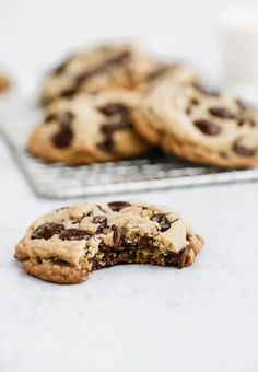 Classic Chocolate Chip Cookies & Five Tips for Perfect Cookies Every Time   Browned Butter Blondie   A thick and chewy, melt in your mouth delicious cookie that requires only basic ingredients. A tried and true classic chocolate chip cookie recipe that every baker needs in their back pocket. Delicious Cookie Recipes, Fudge Recipes, Yummy Cookies, Dessert Recipes, Chocolate Chip Cookies, Hot Chocolate Fudge, Delicious Chocolate, Healthy Chocolate, Winter Desserts
