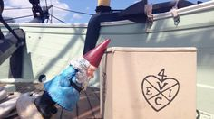 TRAVEL TIP: ask for a hand throwing @bostonteaship tea crates overboard. Those guys are REALLY heavy. #traveltuesday #GnomeWisdom