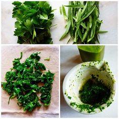 rakottkert: Tárkony - tárkonyolaj - tárkonyolajos sült pisztráng és egyebek Ketchup, Parsley, Pesto, Spinach, Herbs, Vegetables, Food, Essen, Herb