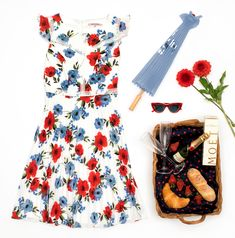 Poppy Fields Dress | Review Australia Poppy Fields, Online Dress Shopping, Review Dresses, Fashion Details, My Wardrobe, My Outfit, Dresses Online, Poppies, Florals