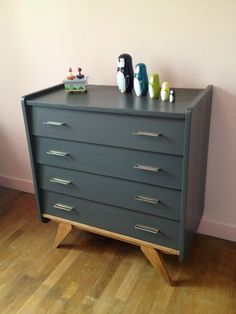 Retro Boutique, Deco Kids, Global Design, Vintage Design, Baby Room, Kids Room, Dresser, Furniture Design, Sweet Home